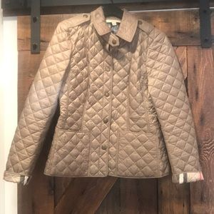 Authentic like new condition Burberry quilted coat